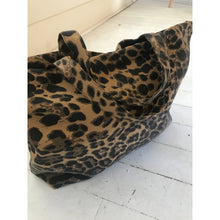 Load image into Gallery viewer, Leopard Tote Bag