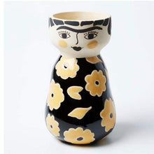 Load image into Gallery viewer, Jones & Co Frida Oro  Vase