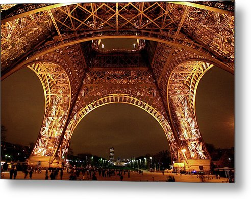 An Evening At The Eiffel - Metal Print