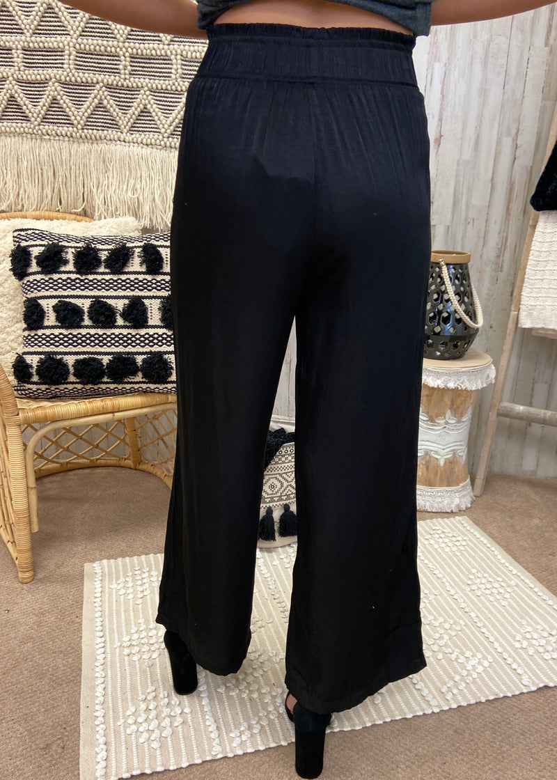 In The Middle Black Pants-Shop-Womens-Boutique-Clothing