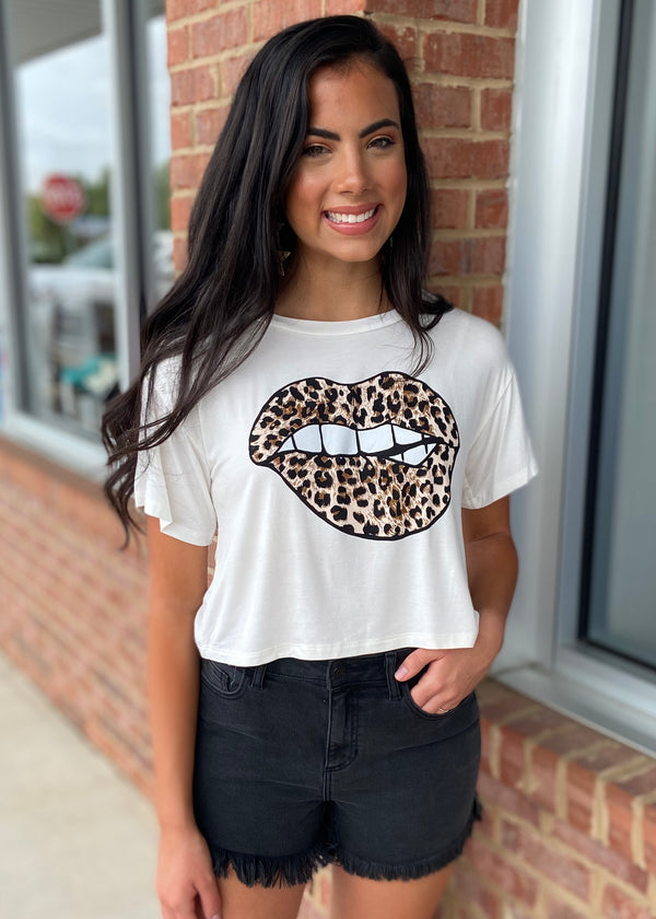 Kiss Kiss Off White Lips Tee-Shop-Womens-Boutique-Clothing