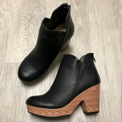 Autumn Black Ripple Wedges-Shop-Womens-Boutique-Clothing