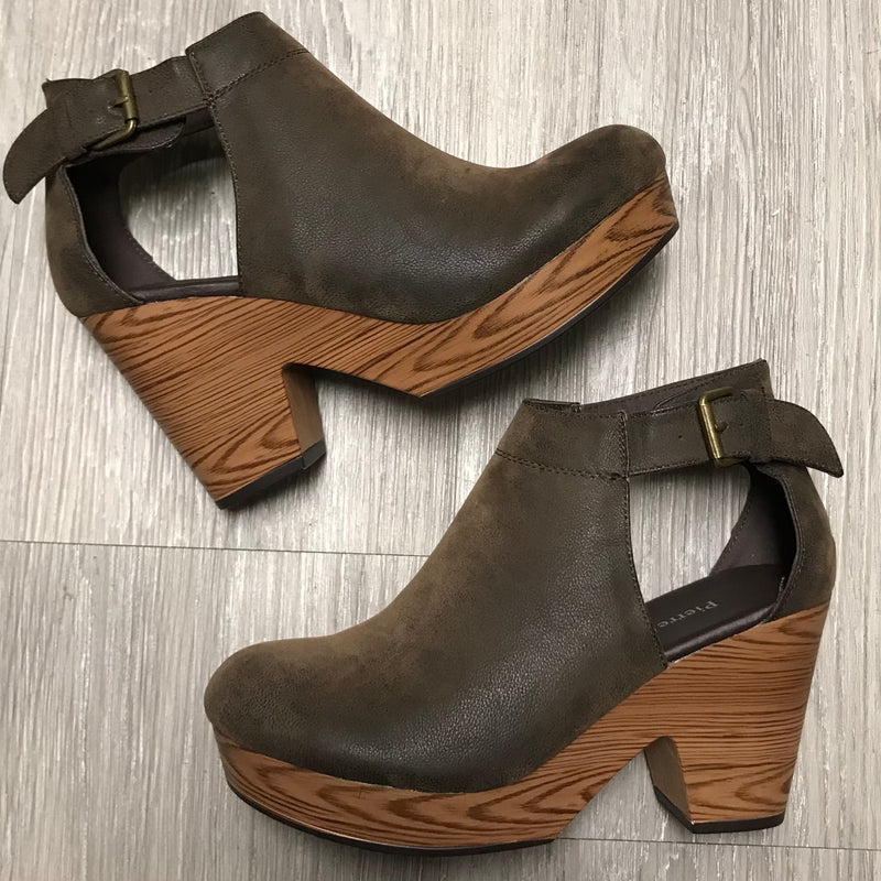 Ashley Brown Suede Clogs-Shop-Womens-Boutique-Clothing