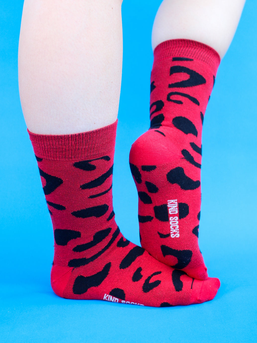 Red Leopard-Print Organic Calf-Length Kind Socks