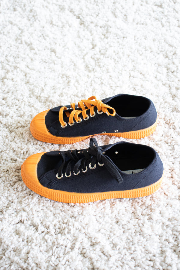 Novesta Star Master in Black/Orange