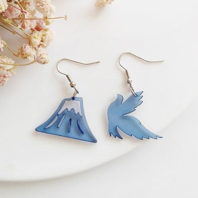 Cute Cartoon Design Acrylic Weather Cloud Lightning Bird Snow Mountain Earrings Star Moon Planet and Cat Flower Leaf Earrings