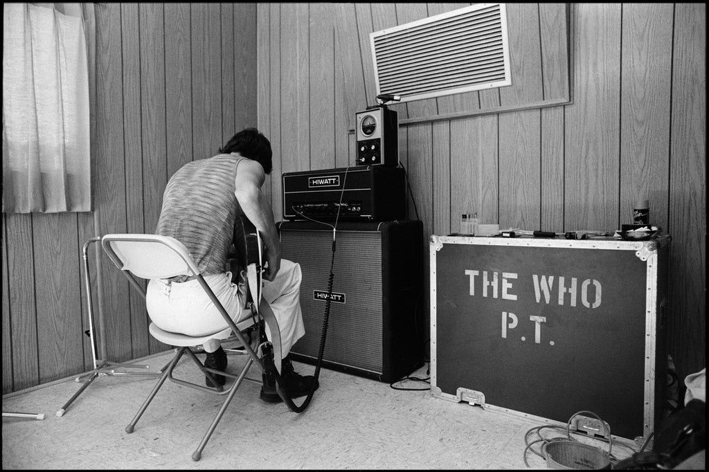Total Excess- Pete Townshend, The Who At Day On The Green