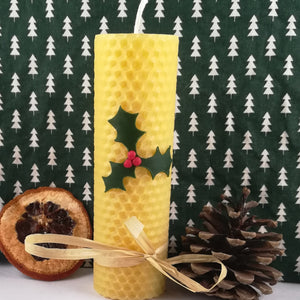 Rolled Natural beeswax candle - Holly
