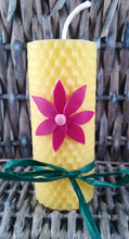 Load image into Gallery viewer, Rolled natural beeswax candle with flower deco