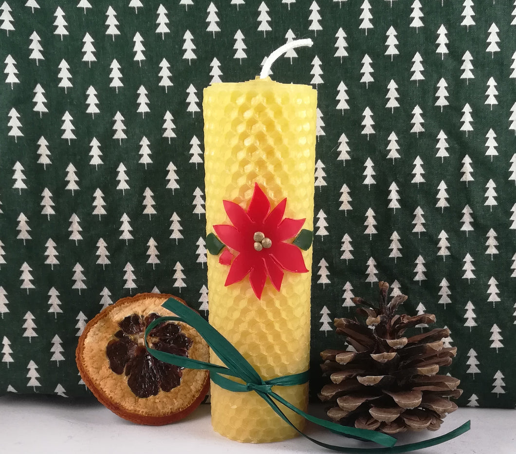 Rolled natural beeswax candle - Poinsettia
