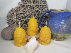 Skep candle with bee detail