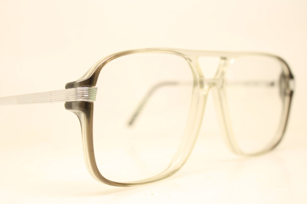 Unused Silver Fade Aviator Vintage Eyeglasses Haute Couture Retro New Old Stock Classic Eyeglasses New Old Stock
