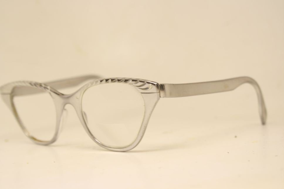 Cateye Glasses Silver Tura cateye vintage Eyewear Retro Glasses Catseye glasses vintage frames