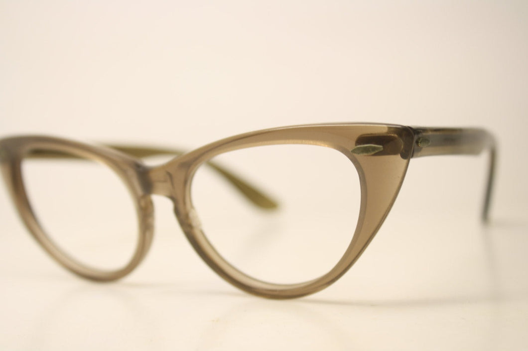 Brownsmoke Pointy Cat Eyeglasses Unique vintage Eyewear Retro Glasses Catseye glasses vintage frames