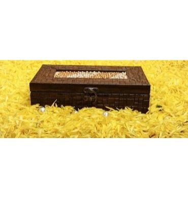 handcrafted dry fruit box