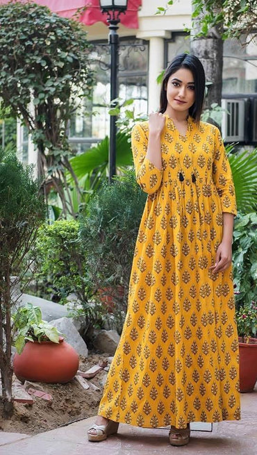 Women Cotton Yellow floor length Kurti