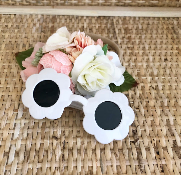 White: Dolls Flower Sunglasses
