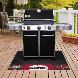 "Tampa Bay Buccaneers Super Bowl 55 Champions Grill Mat 26""x42""\"