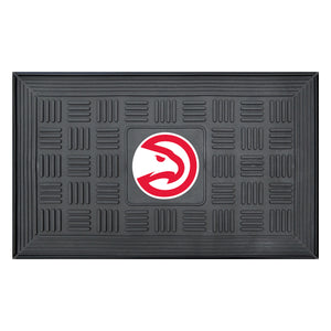 "Atlanta Hawks Medallion Door Mat 19""x31"""