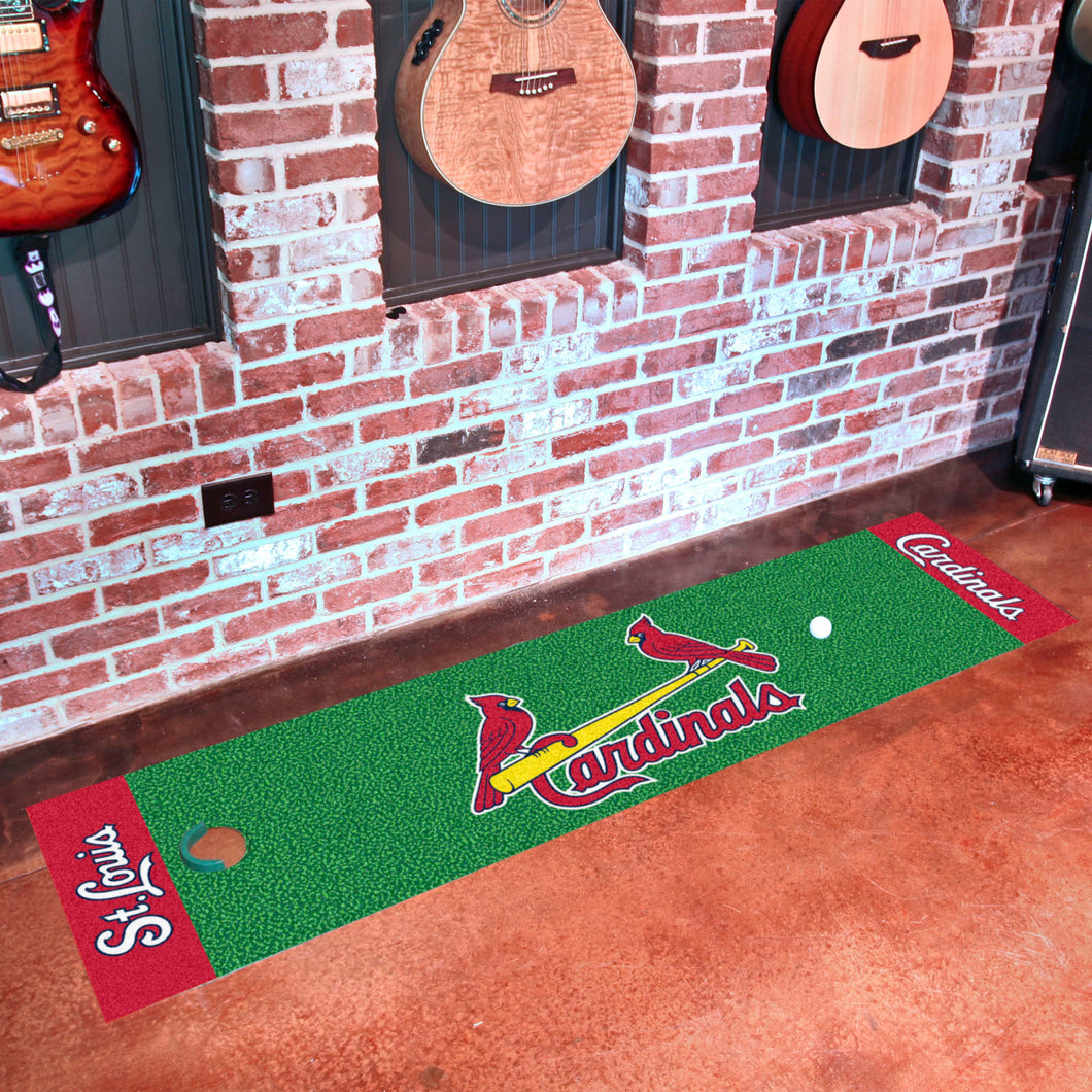 St. Louis Cardinals Putting Green Runner 18