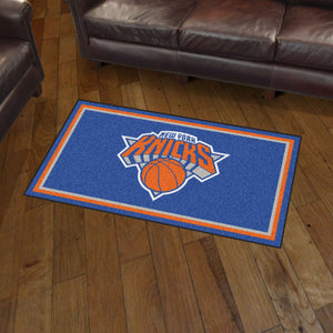 New York Knicks Plush Rug - 3'x5'