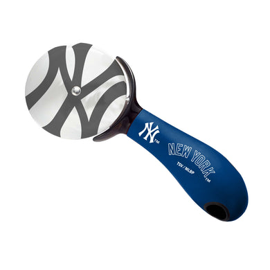 New York Yankees Pizza Cutter