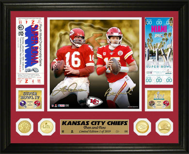 Kansas City Chiefs Len Dawson and Patrick Mahomes