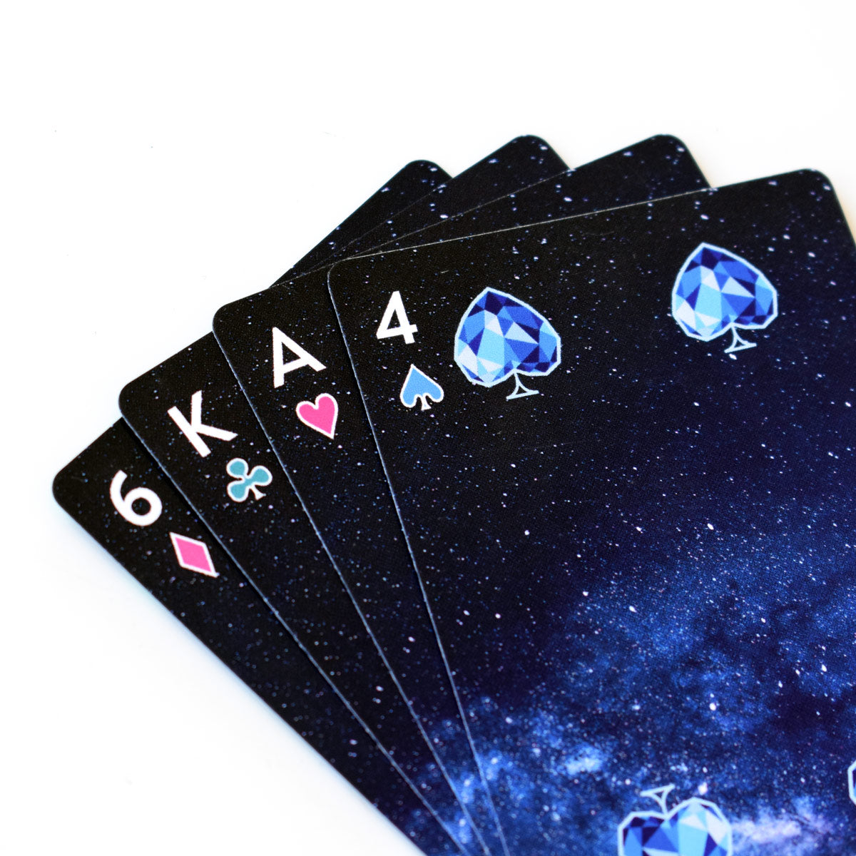 Learn how to read playing cards and what is cartomancy