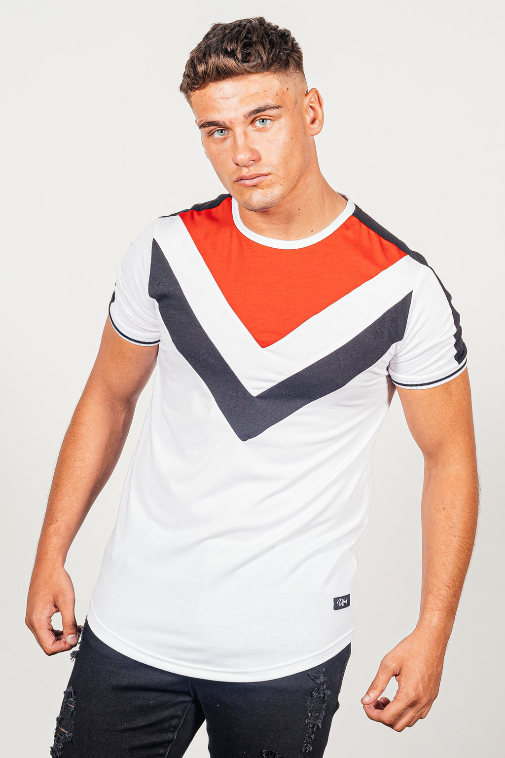 Men's Yaldez T-Shirt in White - DEFEND LONDON