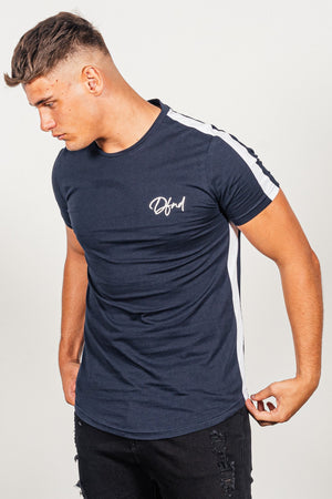 Men's Seeker T-Shirt in Navy - DEFEND LONDON