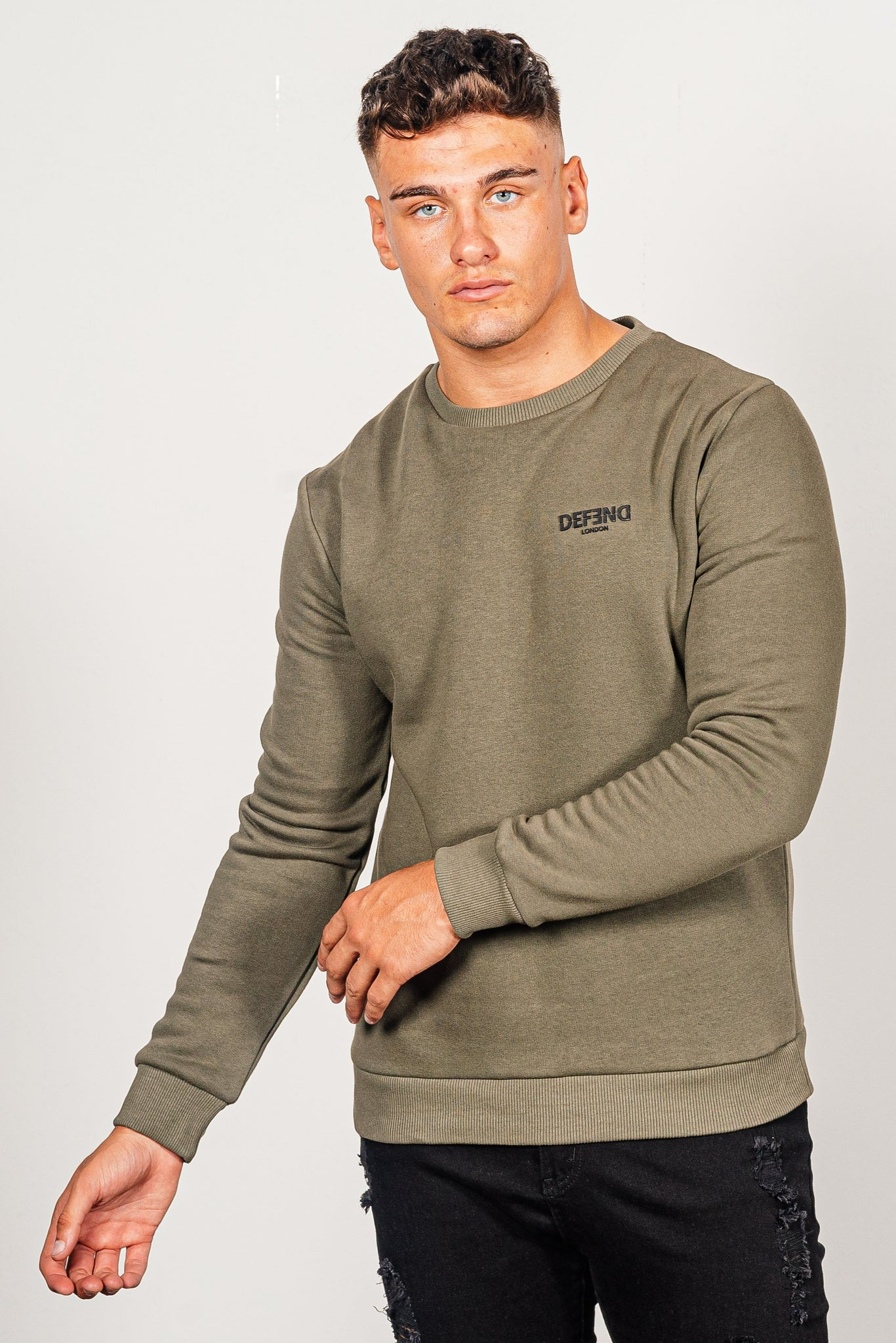 Men's Charmer Sweatshirt in Khaki - DEFEND LONDON