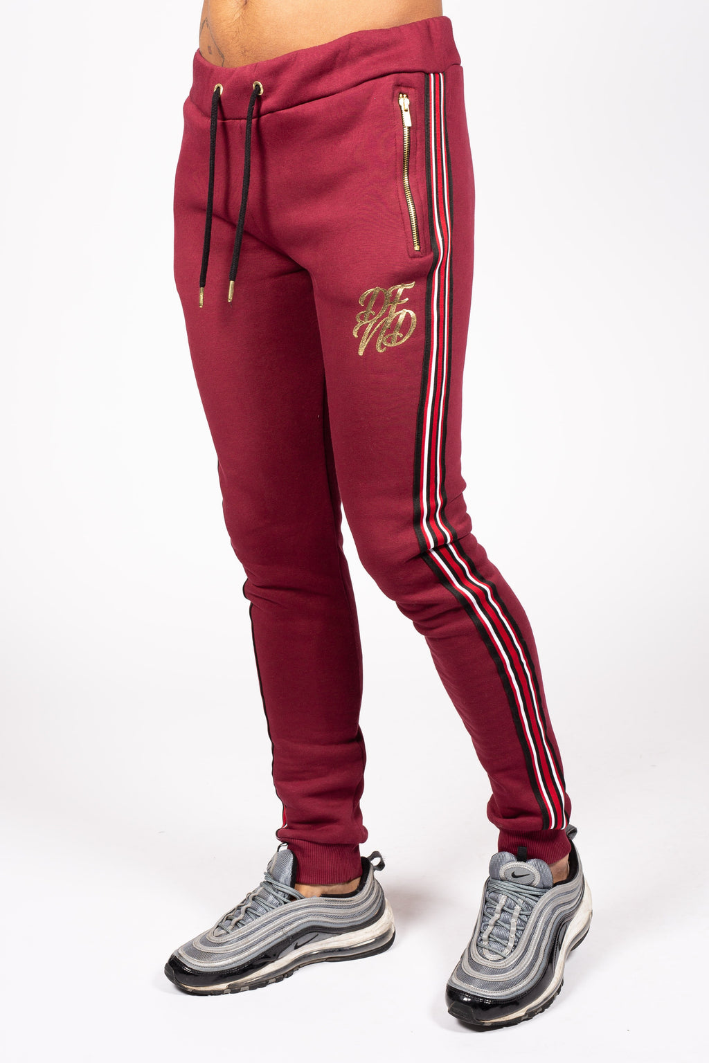 Men's Baller Jogger in Burgundy - DEFEND LONDON