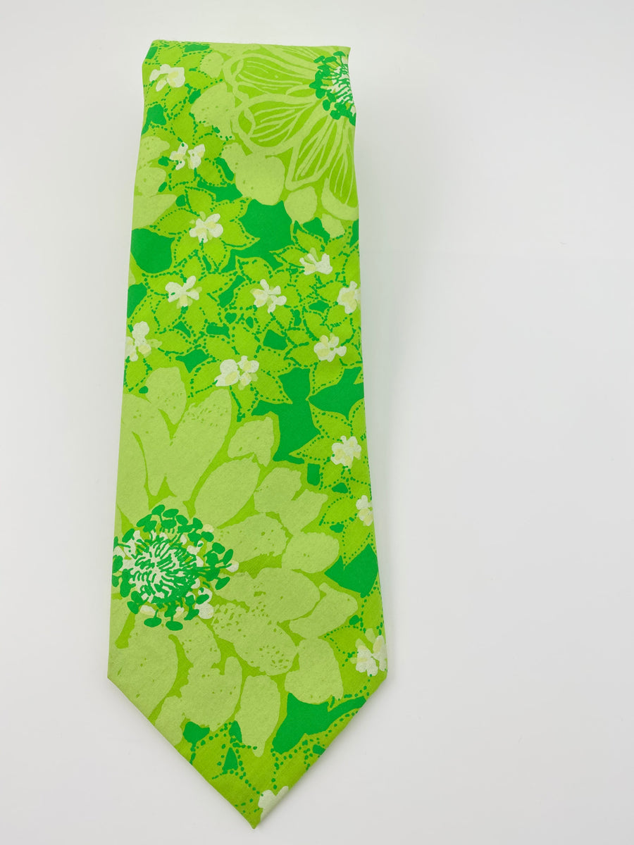 Lilly Pulitzer 1970's Men's Green Floral Print Wide Tie