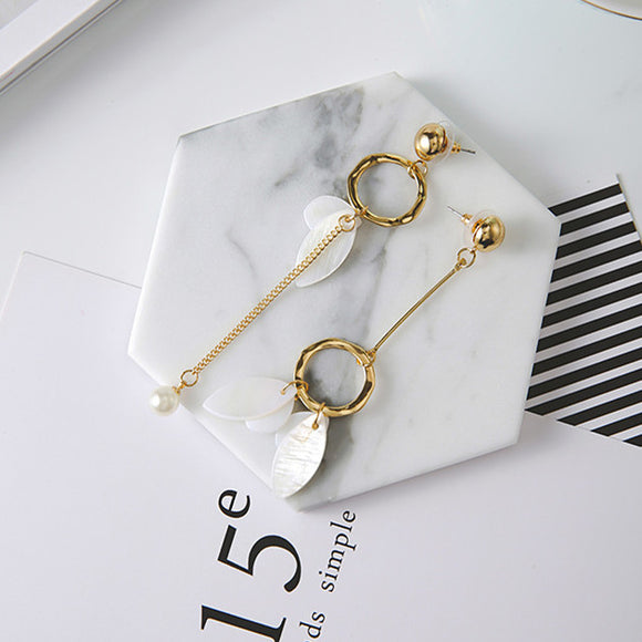 Asymmetrical Pearl and Hoop Earrings