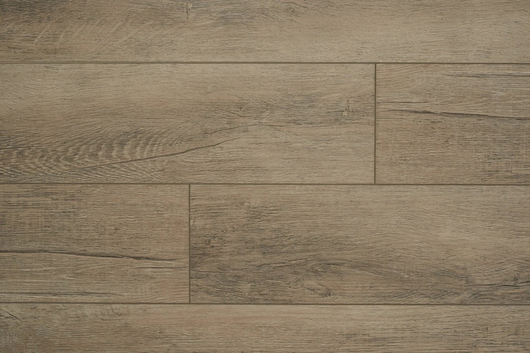 Aquaplus Vinyl Plank with Underlay - 5mm - Platinum (price per sq.ft)