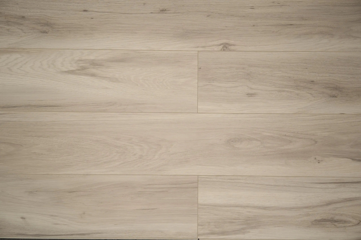 Aquaplus Vinyl Plank - Spadina - 4mm - 7mm (price per sq.ft)