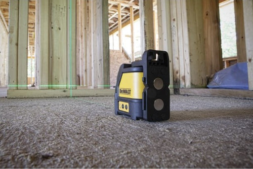 DEWALT Green Cross Line Laser Level [DW088CG]
