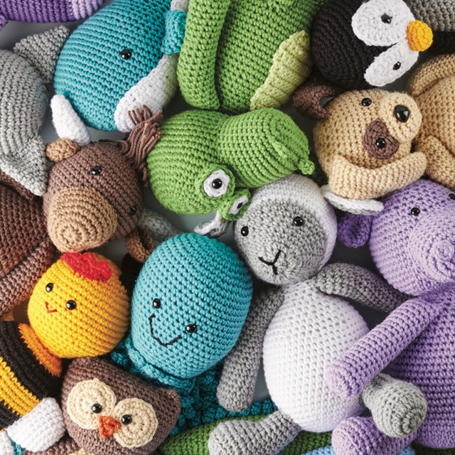 Crochet Cute Critters by Sarah Zimmerman, lots of amigurumi animals, book review by Susan Carlson of Felted Button | Colorful Crochet Patterns