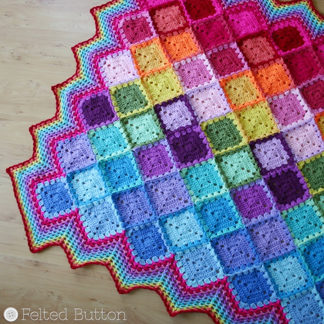 Diamond, harlequin pattern in Happy Harlequin Blanket, crochet granny square afghan pattern with striped border by Susan Carlson of Felted Button | Colorful Crochet Patterns