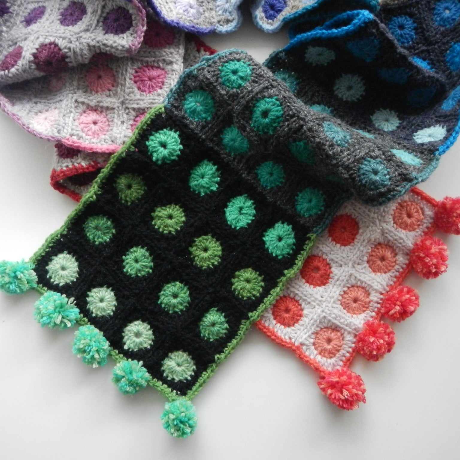 Cityscapes Scarf | Crochet Pattern | Apple Blossom Dreams