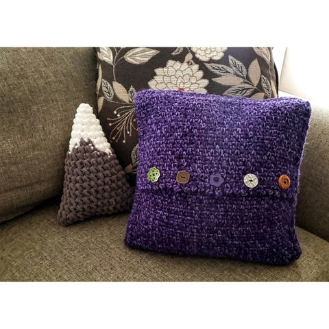 Asanas Pillow | Crochet Pattern | Felted Button
