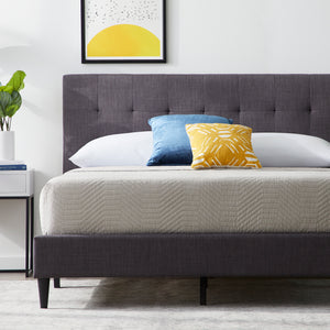 Weekender™ Hart Upholstered Bed