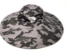 Load image into Gallery viewer, Camo sun hat