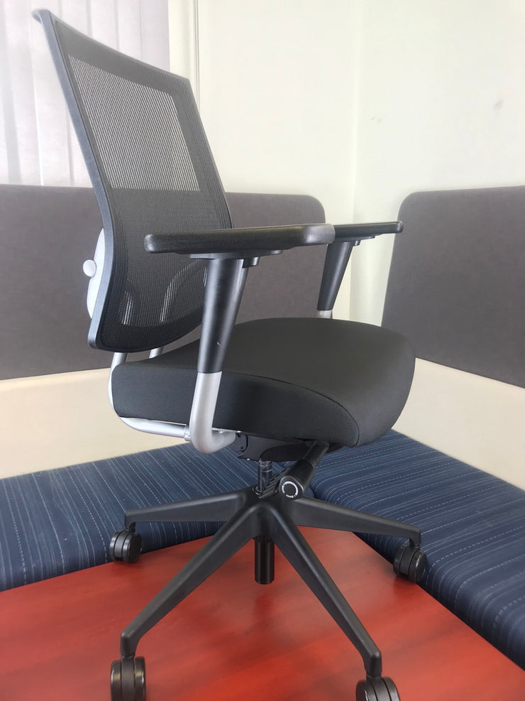 SitOnIt Seating - High Back Focus Task Chair - Black on Onyx on Silver - Brand New Open Box