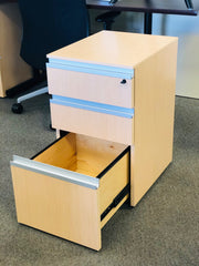 Knoll - Drawer/Drawer/File Pedestal