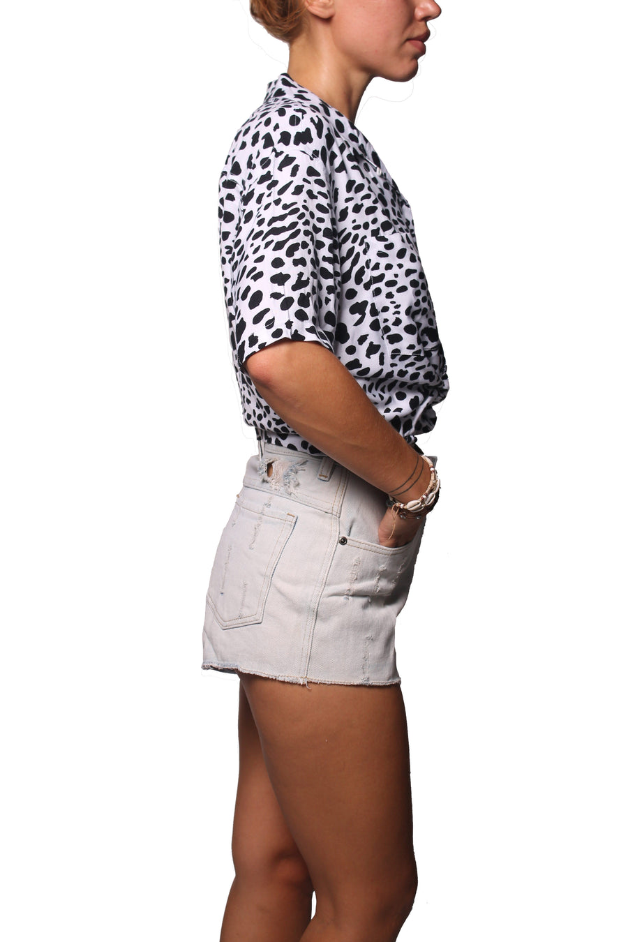 Rain Crop Shirt Big Leopard White Black