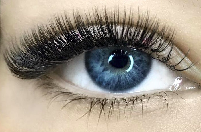 LASH PACKAGE: Full Set of VOLUME Lashes + 2 VOLUME Lash Fills – NAB Nail Bar