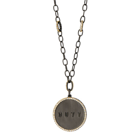 DUTY Chain Link Pendant Necklace