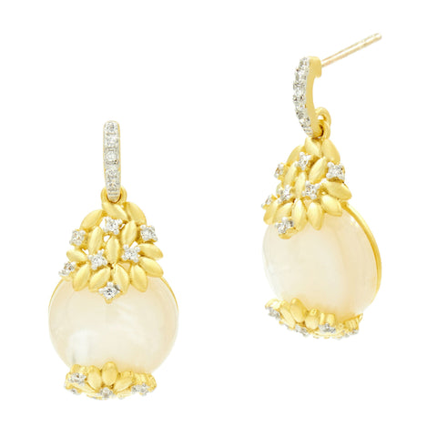 Fleur Bloom Mother of Pearl Short Drop Earrings