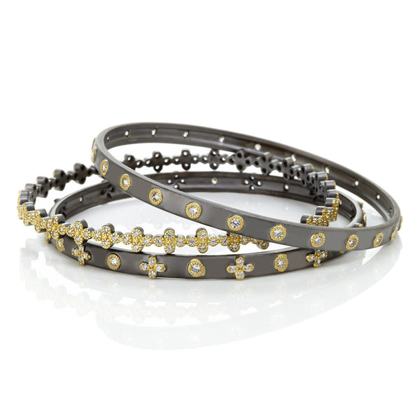 BANGLE - Classic Stud / Clover Set Of 3 Stack Bangle